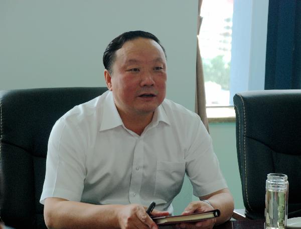 7月3日,自治区党委常委、政法委书记徐广国来机关视察,并作重要讲话。