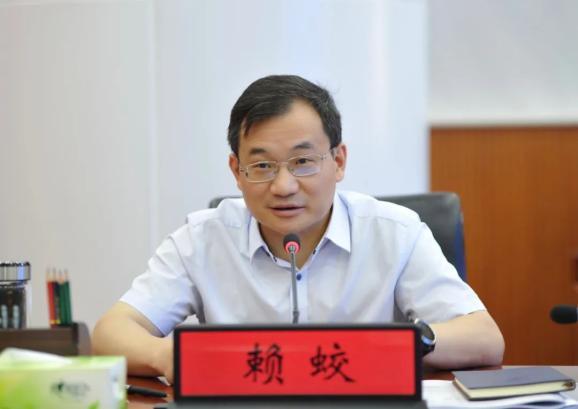自治区党委常委、政法委书记赖蛟调研全区政法队伍建设工作